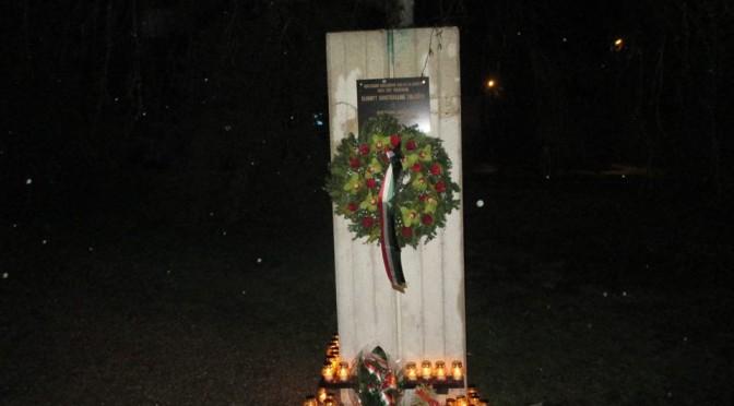 Kommunista diktatúrák áldozatainak emléknapján koszorúztunk